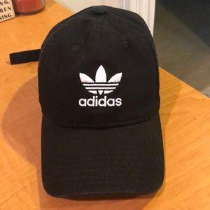 Adidas women's adjustable baseball hat